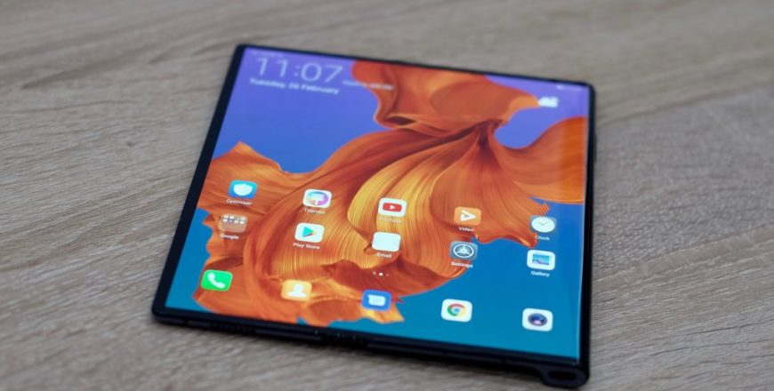 Huawei Reveals Mate X: Features a foldable screen