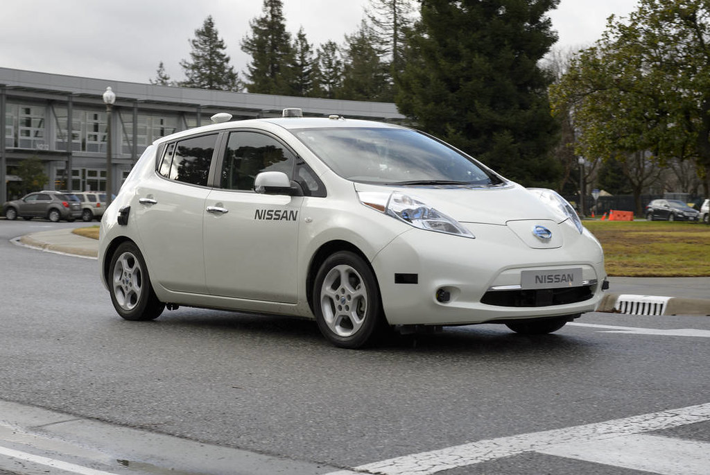 Driverless Cars Technology: Just Where Are We Now?